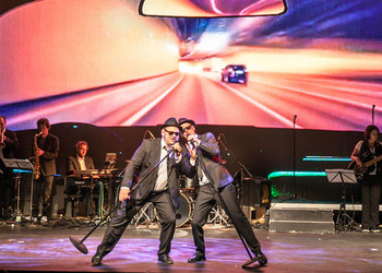 Blues-Brothers im Stadttheater Steyr